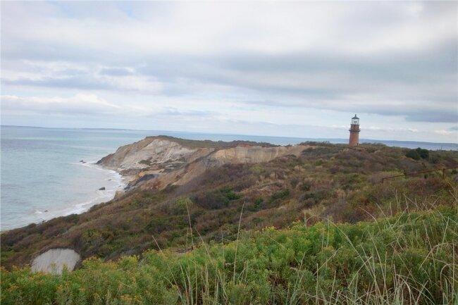 Amerikanisches Ferienidyll: Der Leuchtturm von Edgartown gehört zu den bekannten Wahrzeichen der Insel Martha's Vineyard.