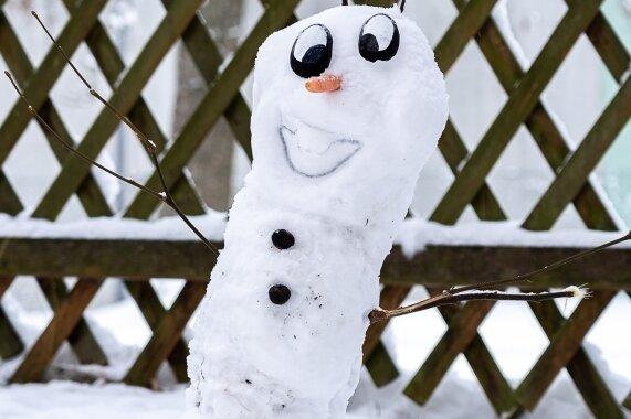 Schneemannwettbewerb: Olaf hat die Nase vorn