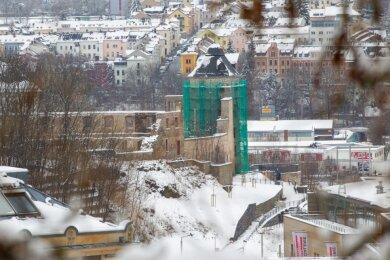 Der Rote Turm ist seit dem Sommer eingerüstet. Im März stehen Arbeiten zur statischen Sicherung an.