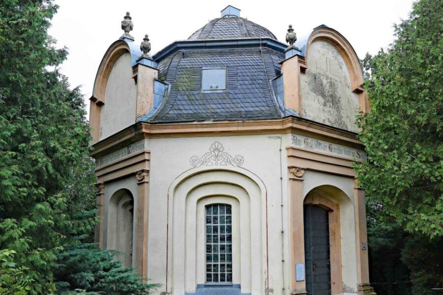 Das Mausoleum auf dem Blankenhainer Friedhof.