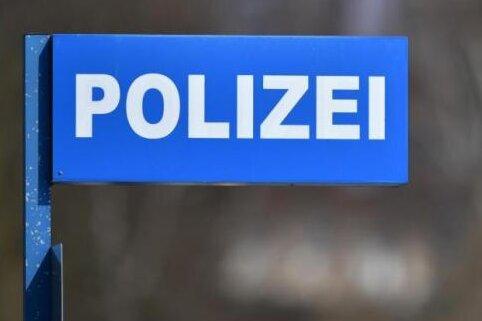 Polizei ermittelt nach rechtsextremen Umtrieben
