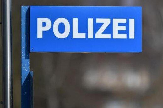 Chemnitz: 19-Jähriger ausgeraubt