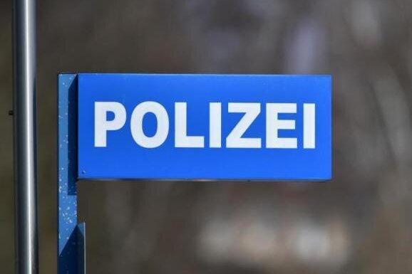 44-Jähriger in Hohenstein-Ernstthal ausgeraubt