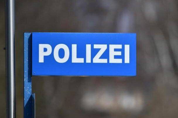 Vermummter Spaziergänger in Mülsen erweist sich als harmloser Besucher
