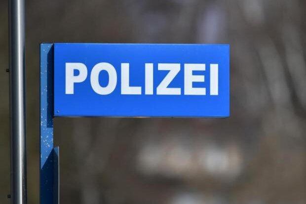 Nach exhibitionistischer Tat in Friseursalon: Polizei sucht Tatverdächtigen