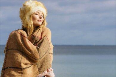 Regt auf natürliche Weise die Vitamin-D-Bildung an: Sonne.