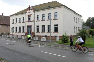 Blick auf die Grundschule in Waldenburg.