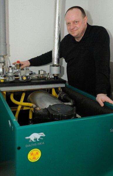 Auf die Erzeugerseite gewechselt: Jens Helmstedt nutzt seine Heizung auch zur Stromerzeugung und legte sich mit dem Energieerzeuger Envia M an.