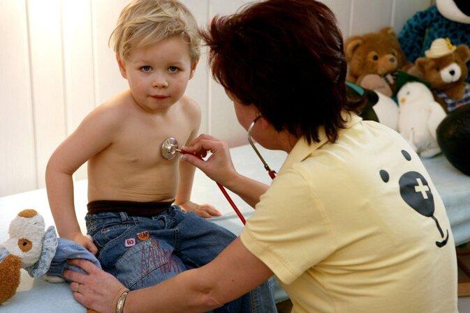 Neue Bedarfsplanung gaukelt Überschuss an Kinderärzten vor