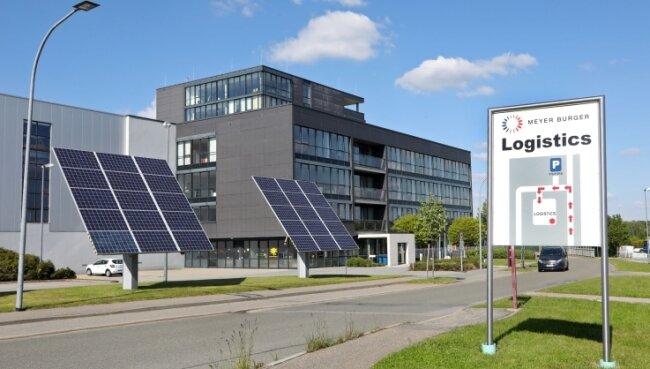 Am Meyer Burger Standort Hohenstein-Ernstthal findet auch die Forschung statt. Doch in vielen Bereichen braucht es hier Spezialisten.