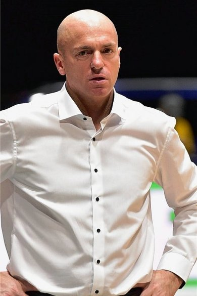 Rodrigo Pastore - Niners-Cheftrainer