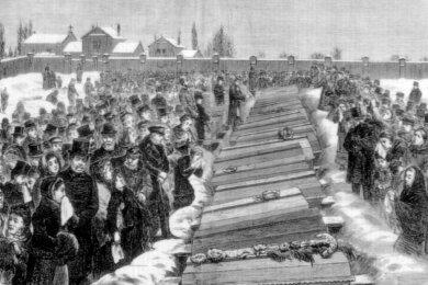 Die insgesamt 89 Toten des Grubenunglücks im Jahr 1879 wurden von den Angehörigen auf dem Hauptfriedhofin Zwickau betrauert.