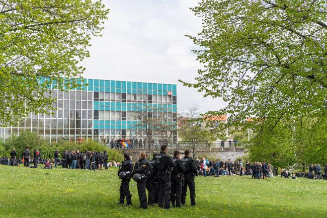 Polizeipräsenz in Plauen.