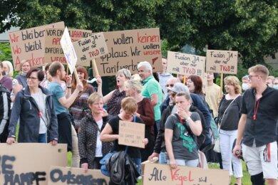 250 Mitarbeiter demonstrierten am Mittwoch in Burkhardtsdorf.