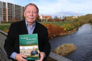 Alt-Oberbürgermeister Rainer Eichhorn hat seine Lebenserinnerung als Buch niedergeschrieben