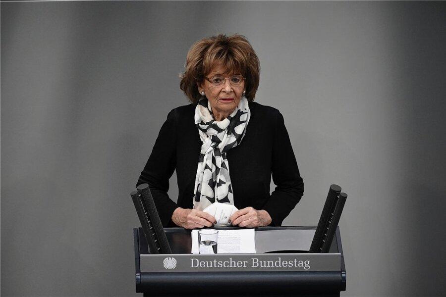 Charlotte Knobloch, Präsidentin der Israelitischen Kultusgemeinde München und Oberbayern, hielt die Gedenkrede im Bundestag. Sie fand ebenso berührende wie eindringliche Worte.
