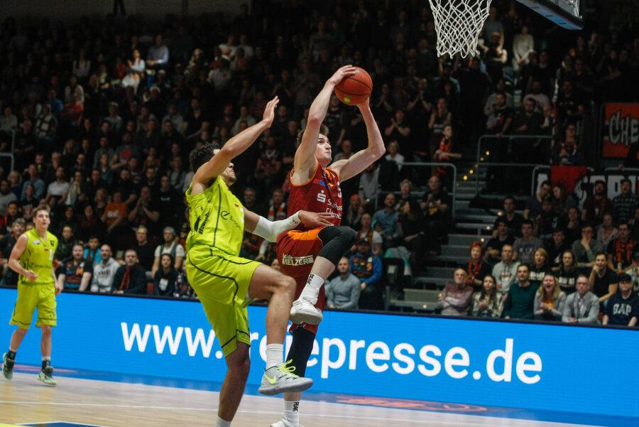 Starker Sieg gegen Ehingen - Niners festigen Tabellenführung