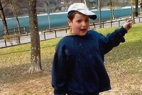 Jeremias als Kind während einer Ferienfreizeit, die die Nachmittagsbetreuung der Jugendgruppe organisiert hatte. Mit seinen Eltern war er nie im Urlaub.