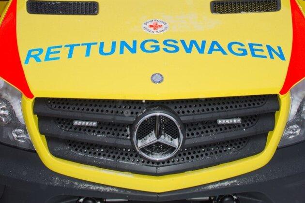 Drei Kinder bei Autounfall schwer verletzt
