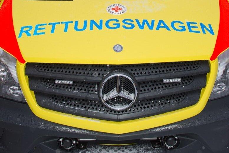 Motorradfahrer stirbt nach Zusammenstoß mit Auto in Pegau