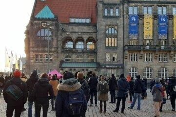 Gut 200 Menschen gedachten der Opfer von Hanau.