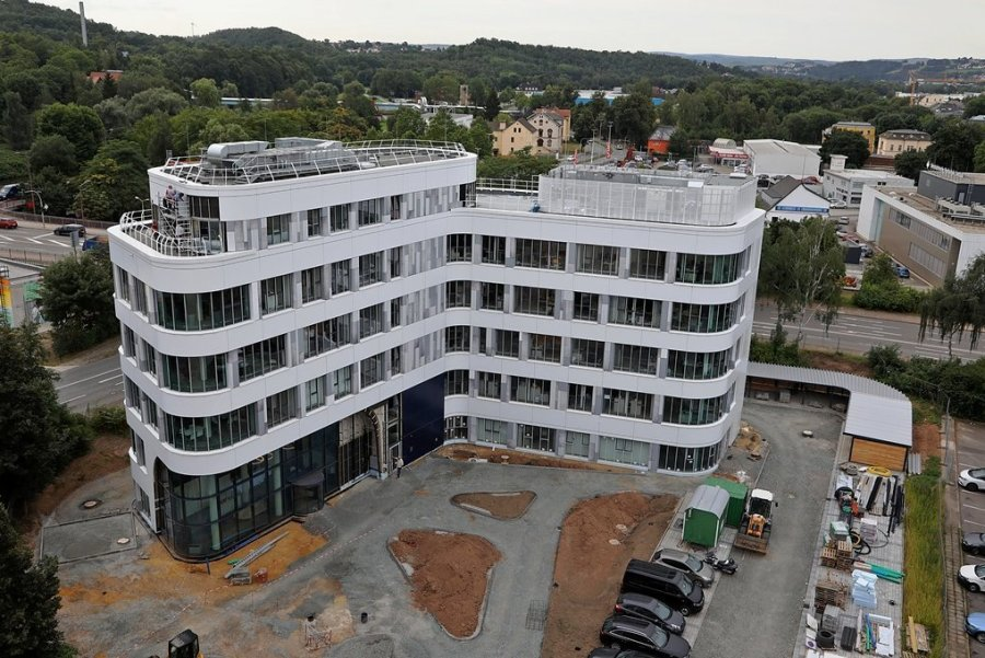 Zwickau: Die Hüllen am GGZ-Neubau sind gefallen