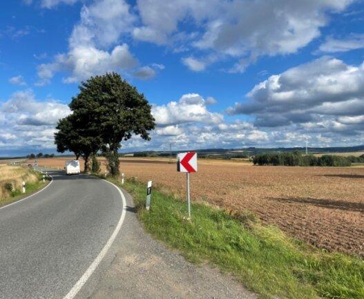 Diese Felder zwischen Pflockenstraße und Autobahn 72 sind im Entwurf des Regionalplans als Vorsorge-Standort für Industrie und produzierendes Gewerbe vorgesehen. Der Stadtrat ist mehrheitlich dagegen.