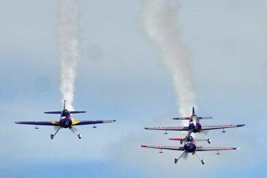 Teams aus Tschechien begeistern immer wieder bei Zwickauer Flugplatzfesten.