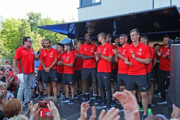 FSV Zwickau stellt neu formierte Mannschaft vor