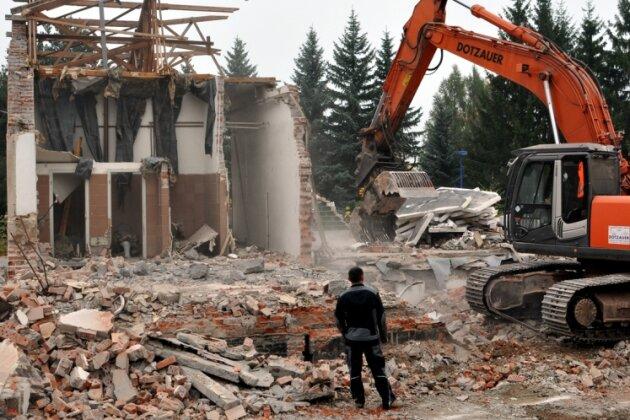 Nur noch Trümmer sind vom Auerbacher Milchhof übrig geblieben.