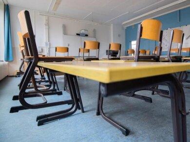 So wie hier am Freitagmittag in der Tellkampfschule in Hannover werden in Deutschland voraussichtlich die meisten Schulen in den nächsten Wochen aussehen - wegen der Ausbreitung des Coronavirus fällt in fast allen Bundesländern ab Montag der Unterricht aus.
