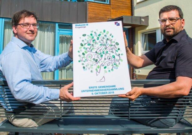 Danilo Panian (links) und Ruben Meyer werden die neue Diakonie Erzgebirge leiten. Bereits 2019 gab es eine gemeinsame Unternehmensversammlung zur Vorbereitung der Fusion.