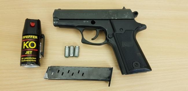 Diese Waffe führte der 29-Jährige bei sich.