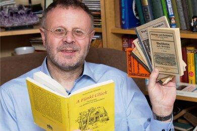 Michael Harzer liest im Internet Gedichte und Geschichten verschiedener Autoren aus dem Erzgebirge vor.