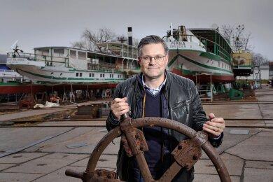 Der aus dem Erzgebirge stammende Ex-Politiker und Immobilienunternehmer Sven Spielvogel. Er steht auf einem 3,3 Hektar großen Werft-Areal in Dresden-Laubegast, dessen Eigentümer der 45-Jährige seit November 2019 ist.