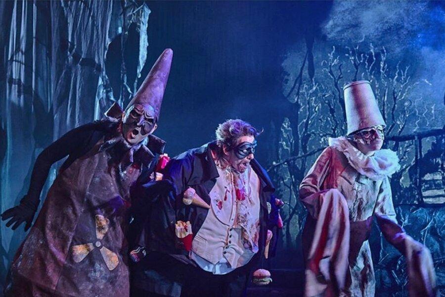 """Comic-Grusel á la Tim Burton auf der Kleinen Bühne der Semperoper: """"Drei miese, fiese Kerle"""" haben trotzdem Luft nach oben."""