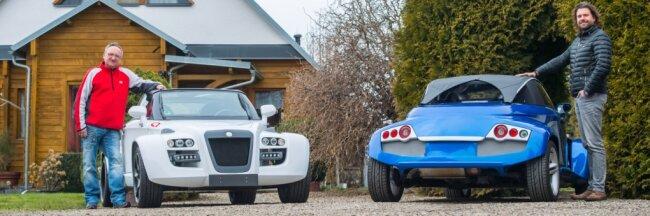 Dass das mal Smarts waren, lässt sich noch ein wenig erkennen: Peter Michaelis (links) und Alexander Lang an ihren Fahrzeugen.