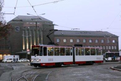 Die Straßenbahn wird vorerst nicht mehr den Zwickauer Hauptbahnhof anfahren.