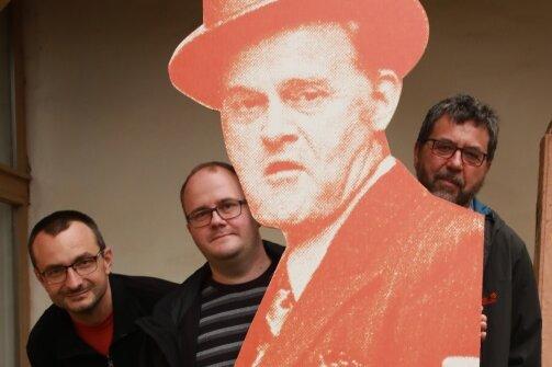 Michael Heuck, Torsten Reichel und Thomas Pollrich (von links) haben schon jetzt Spaß mit dem Olsenbande-Chef.