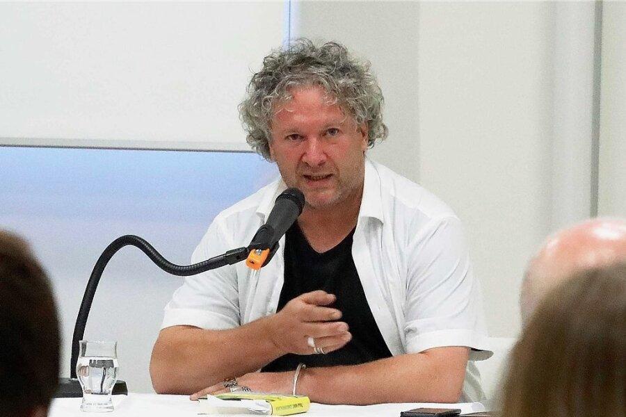 Autor Thomas Kunst hat in der Stadtbibliothek aus seinem Buch gelesen, mit dem er für den Deutschen Buchpreis nominiert ist.