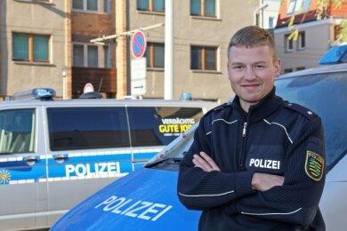 Martin Richter hat sein Studium im Polizeivollzugsdienst absolviert und ist nun im Bereich der Direktion Zwickau im Einsatz.