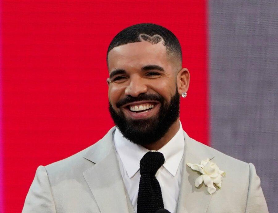 Neun von zehn Plätzen: Rapper Drake stellt neuen US-Rekord in den Single-Charts auf