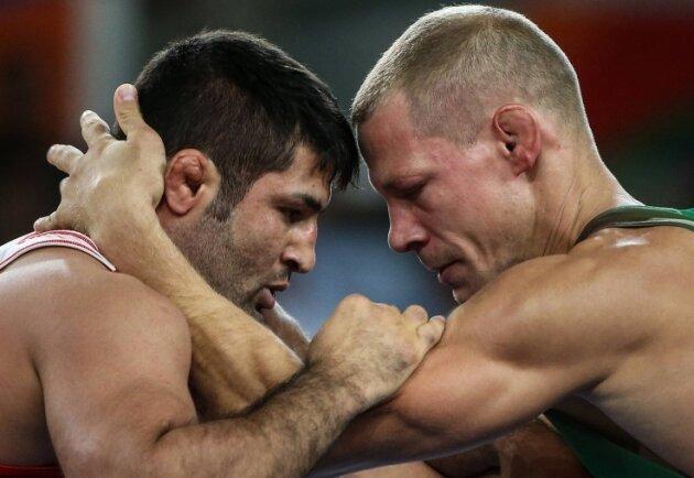 Peter Bacsi (r.) bei Olympia in Rio im Kampf gegen Irans Abdvali.