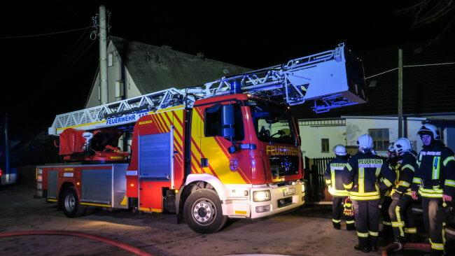 Ein Dreiseitenhof hat am Donnerstagmorgen in Culitzsch gebrannt.