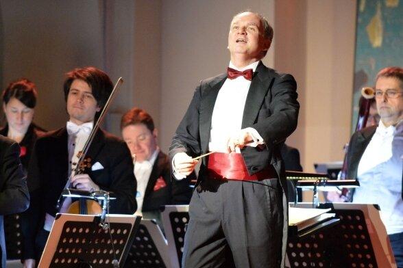 """Zum Bühnenball - hier beim diesjährigen unter dem Motto """"Das kommt mir Spanisch vor"""" - lief Raoul Grüneis immer zu Hochform auf."""