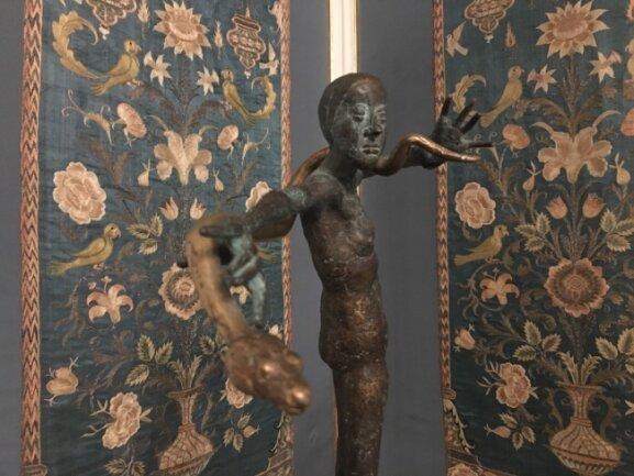 Dieses Werk ist Teil der Ausstellung: Eine Plastik des Thüringer Künstlers Volkmar Kühn.