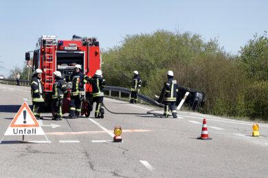 Bei einem Unfall an der Anschlussstelle Chemnitz-Röhrsdorf bei Limbach-Oberfrohna ist am Freitagmittag eine Frau schwer verletzt worden.