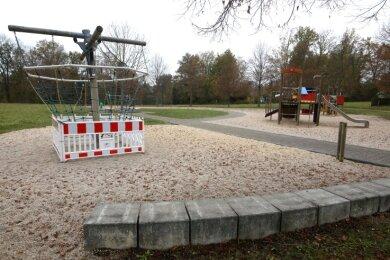 Am Spielplatz Uhligwiese ist einiges zu tun. Bürger wünschen sich nicht nur Reparaturen. Auch Platz für neues Spielgerät ist hier noch.
