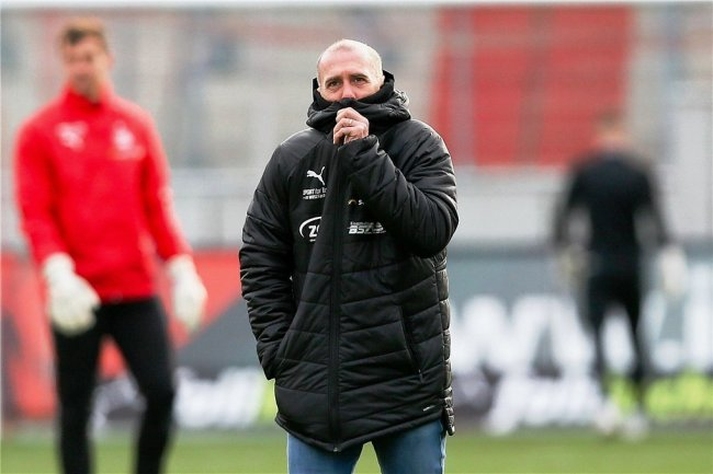 Warm anziehen müssen sich Joe Enochs und seine Spieler im Duell beim SV Meppen, der in den fünf Partien nach der Quarantäne viermal in Folge zu Null gespielt hat.