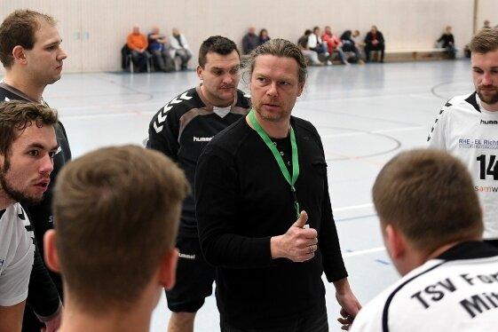 Für die Mittweidaer Handballer um Steffen Kopasz (M.) geht es Schlag auf Schlag weiter. Am Samstag gegen die Freiberg III.
